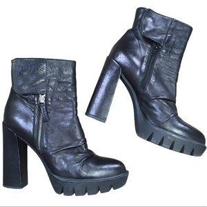 B2 Browns Black Leather Platform Heeled Boots 39